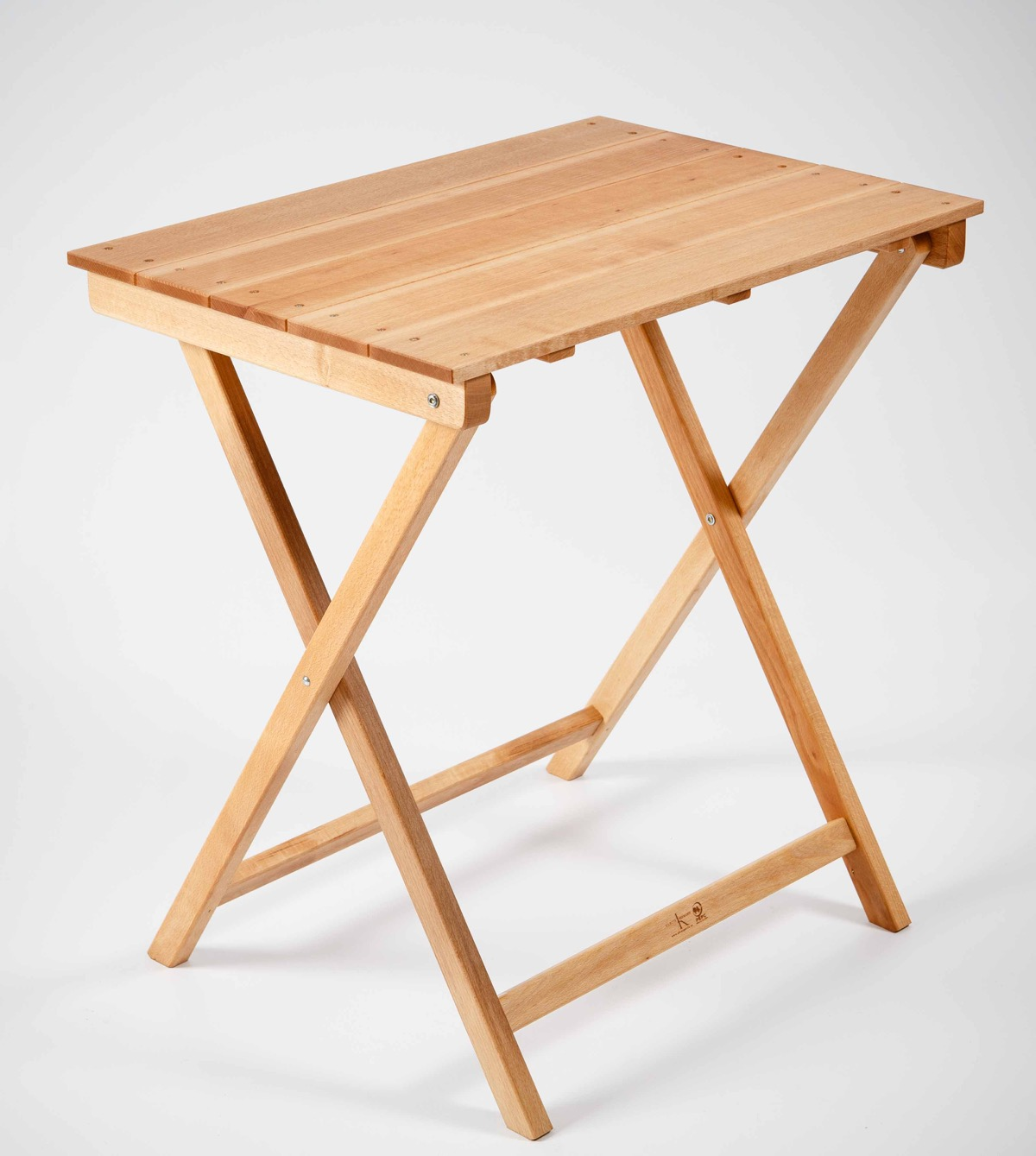 Mesa plegable est ndar rectangular de madera garc a hermanos for Mesa de playa plegable